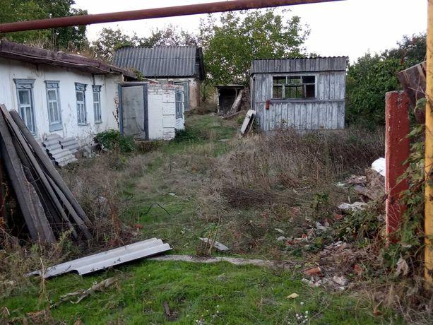 Продам участок с нежилым домом.