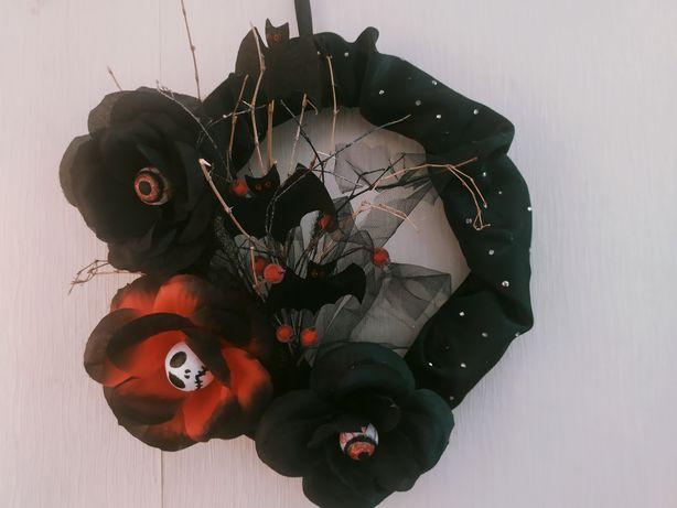 Веночки на дверь для Хеллоуина