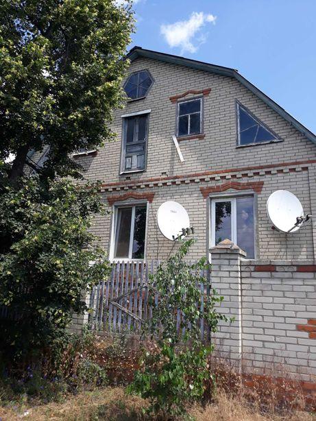 Продам кирпичный дом в г. Южный
