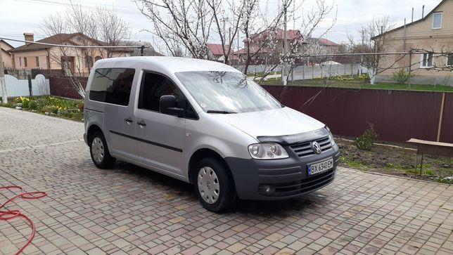 Продам vw caddy 2009