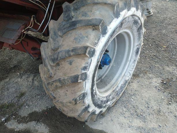 Шина колесо покришка 480/70 R24