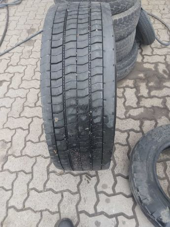 285/70R19.5 Continental HDR