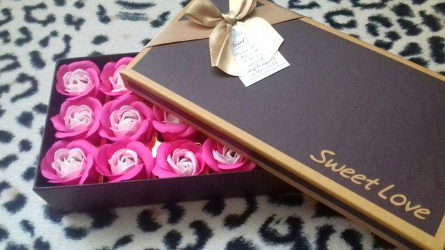 Mydlane róże 18 sztuk pudełko flower box pachnące prezent różowe