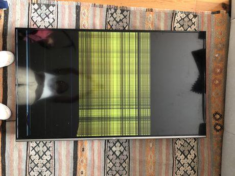 Smart tv tcl 55' ecra danificado