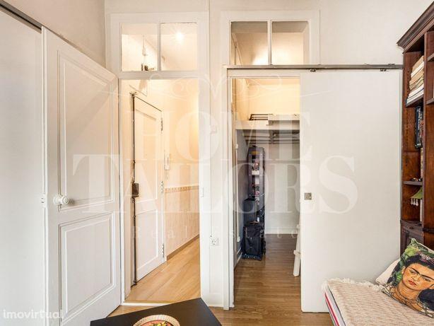 Venda Apartamento em Alcântara