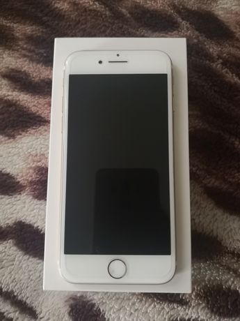 Iphone 7 32 GB złoty