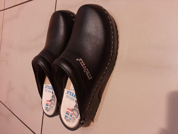 Chodaki; obuwie robocze, medyczne