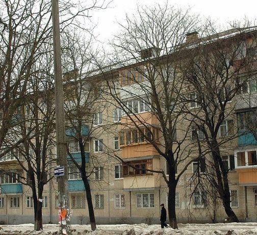 Продам 2к хрущевку на Василенко
