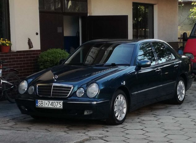 Sprzedam pięknego Mercedesa w210