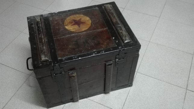 Caixa de botica de veterinária