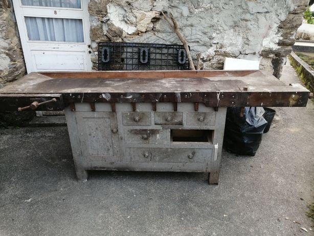 Banco de carpinteiro /  marceneiro