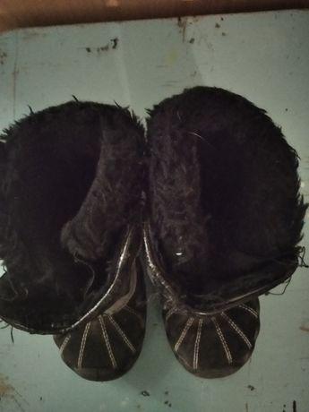 Продам детские обувь