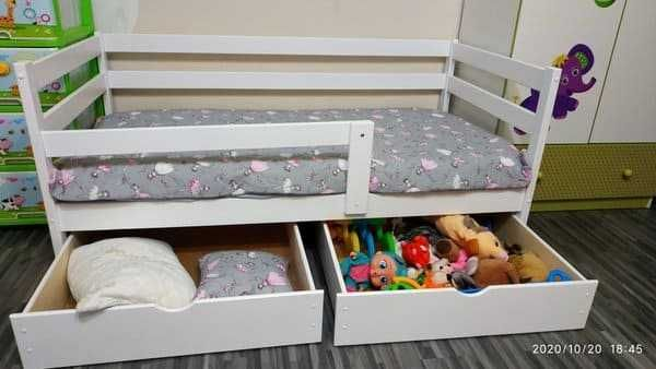 Детская кровать+ящики+бортик из дерева. Бесплатно доставим