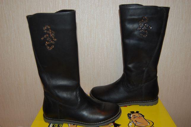 Распродажа новые кожанные сапоги Tiranitos р. 30 Украина