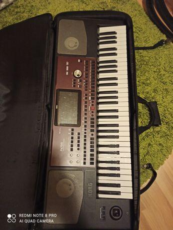 Organy Korg Pa700