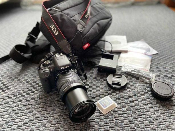 Canon EOS 750D + Lente EFS 18-135MM + Cartão SD 16GB + Mala