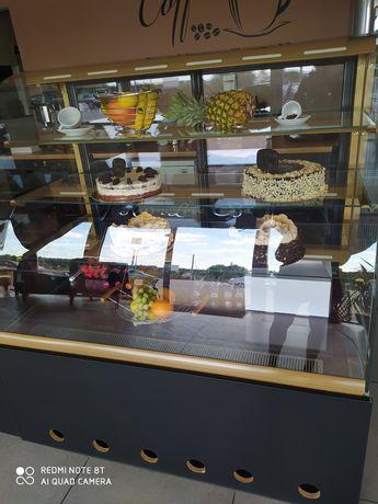 Lada chlodnicza na ciasta i na lody Juka