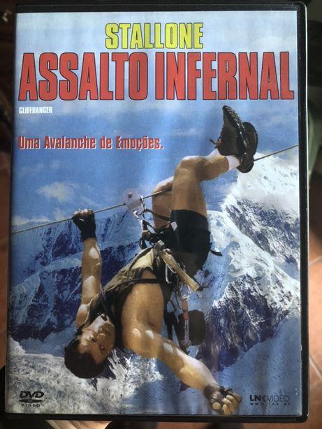 Cliffhanger - Assalto Infernal