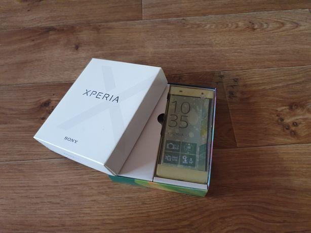 Продам смартфон Sony F3112