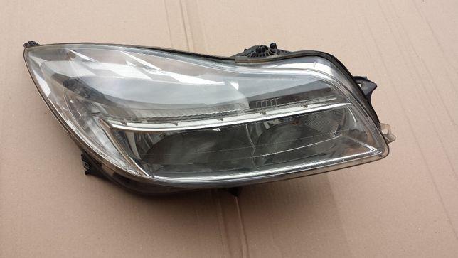 lampa prawy przód ANGLIK prawa przednia Opel Insignia A reflektor