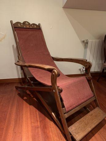 Espreguiçadeira madeira antiga
