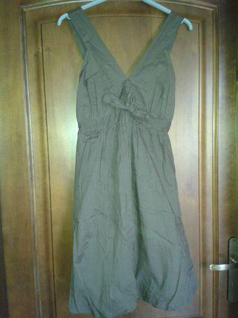 Brązowa sukienka bombka na ramiączkach