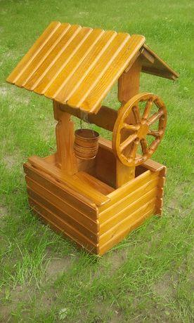Декоративний колодязь , дерев'яна криничка, колодец