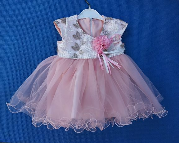 Шикарное праздничное платье для малышки