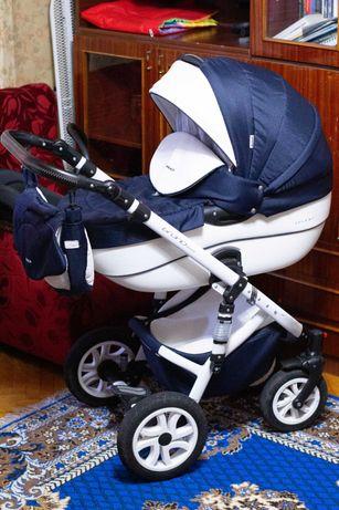 Коляска детская для ребенка с рождения до 3-х лет