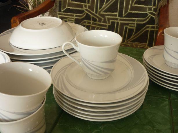 продам китайский набор 30 предметов хорошей посуды