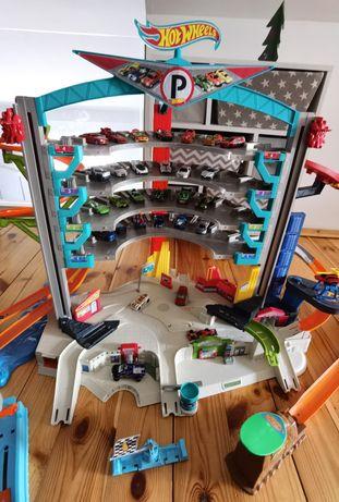 Mega garaz ultimate cmp80, wyrzutnia rekin plus gratis hot weels