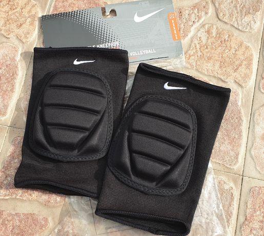Joelheiras Futsal / Volei Nike novas