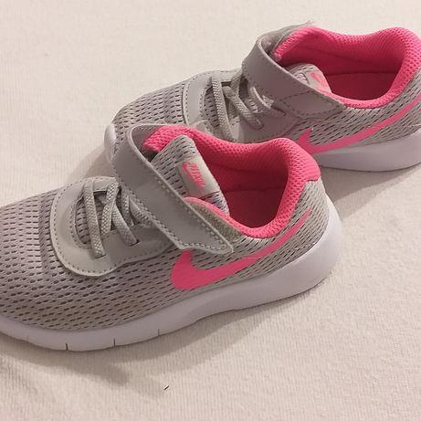 Buty sportowe Nike Tanjun 27