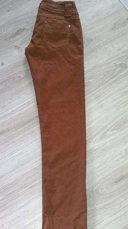 spodnie/28