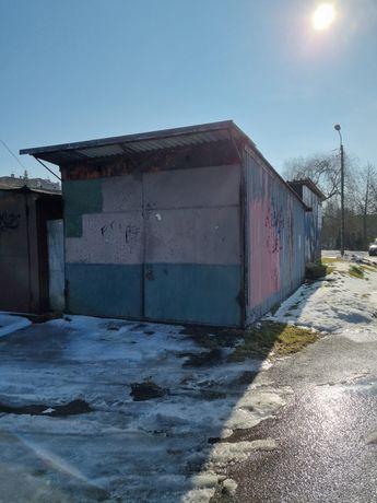 Garaż blaszany ocieplony duży