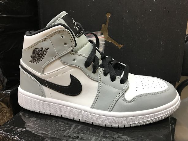 Кроссовки Air Jordan 1 Smoke Grey 554724-092 серо-белые 36-45 Джордан