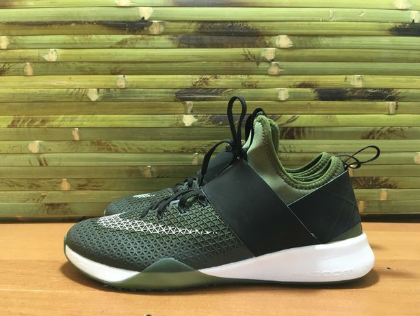 кроссовки Nike Air Zoom Strong 'Legion Green' ОРИГИНАЛ р 41/26 см найк