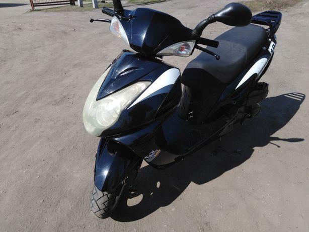 Продам скутер SPARK 150