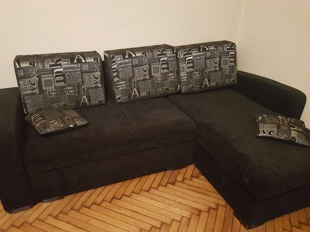 Czarny narożnik, rogówka, kanapa z funkcją spania
