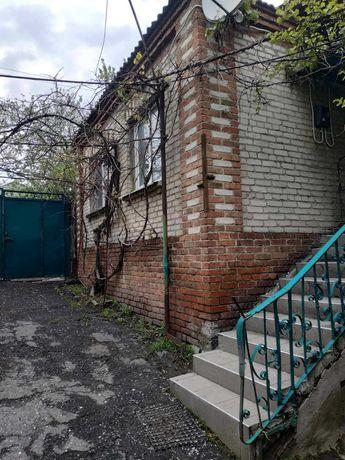 дом ул.Станиславского ,р-н 13 школы,18000уе