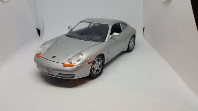 Porsche 911 Carrera (996) 1:24 model autko resoraki
