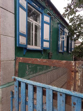 Продам дом р-н ул.Таманской. 80м 3к.15 соток земли л/к.х/п.колодец.