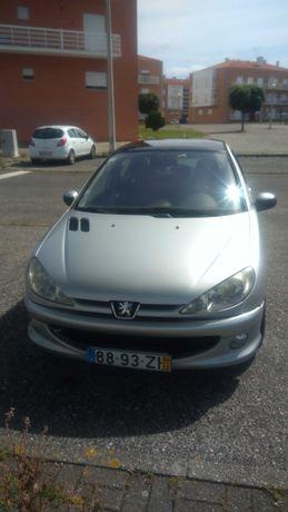 Peugeot Black & Silver Edition Teto Panorâmico