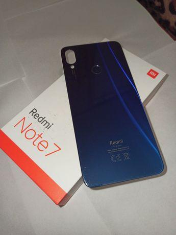 Задняя крышка на Xiaomi