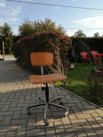 Krzesło szkolne PRL