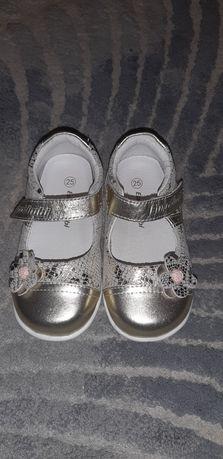 Туфли кожаные 25 размер 16 см по стельке