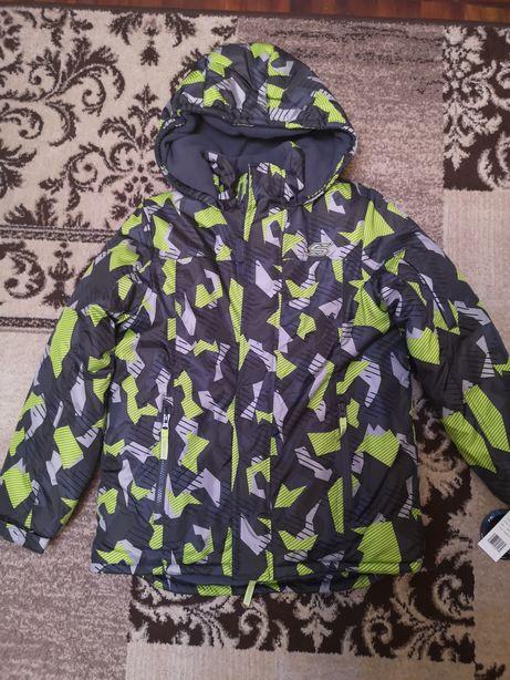 Новая зимняя куртка Skechers р. 152-158