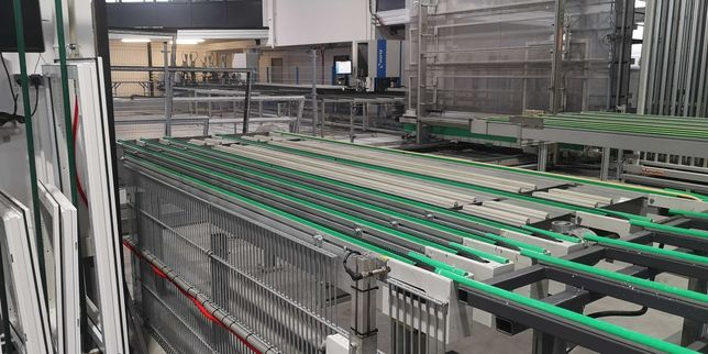 Zautomatyzowany sortownik do produkcji okien firmy Federhenn