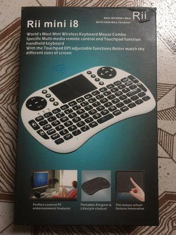 Безпровідна міні клавіатура з тачпадом Rii mini i8