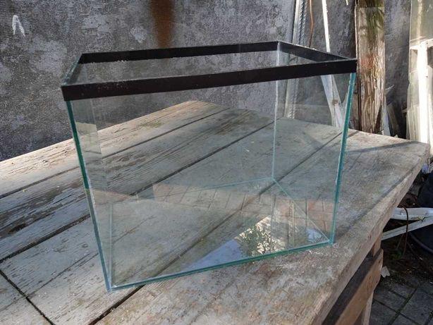 Продам Аквариум 28 литров 43х23х28